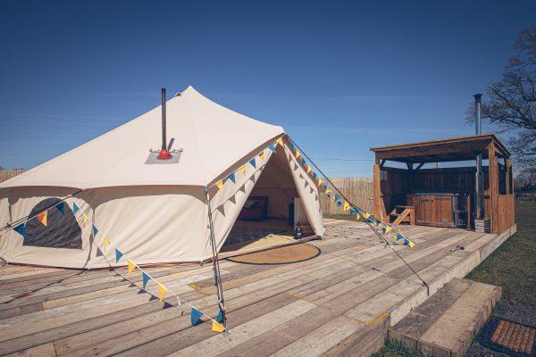 Krug Luxury Bell Tent Glamping GlampTipple 13 scaled