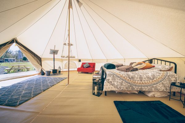 Krug Luxury Bell Tent Glamping GlampTipple 16 scaled