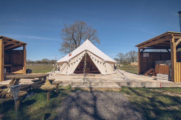 Taittinger Luxury Bell Tent Glamping GlampTipple 21 scaled