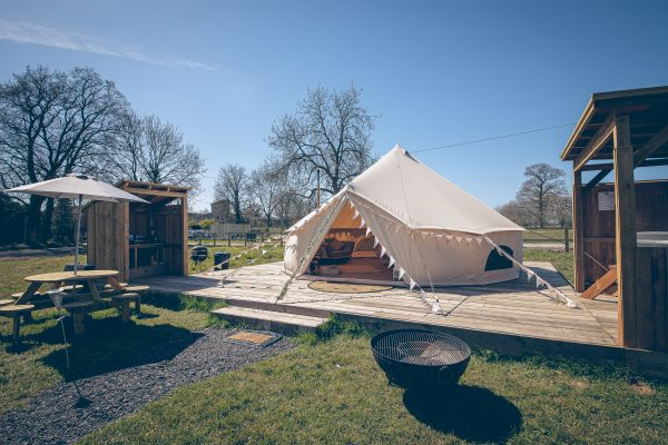 Moet Luxury Bell Tent Glamping GlampTipple 3 scaled