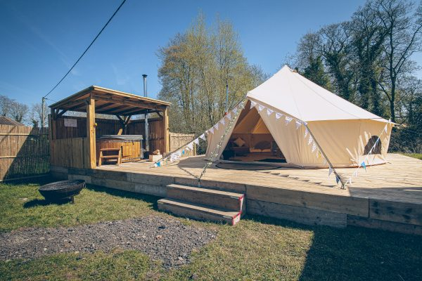 Perignon Luxury Bell Tent Glamping GlampTipple 32 scaled