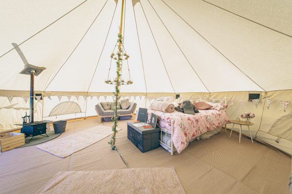 Moet Luxury Bell Tent Glamping GlampTipple 7 scaled